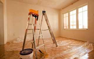 Как снять водоэмульсионную или масляную краску с потолка: способы смывки, инструменты видео