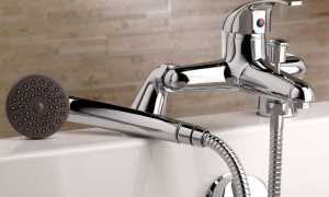 На какой высоте правильно установить смеситель над ванной; стандарты установки
