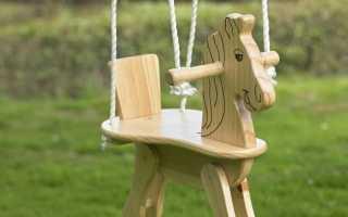 Разновидности деревянных качелей, советы по их безопасному размещению