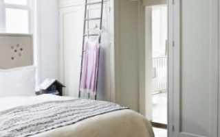 Шкафы вокруг дверных проемов