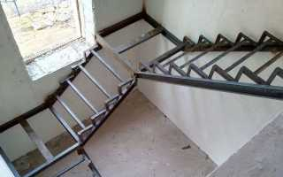 Из чего лучше изготовить каркас лестницы