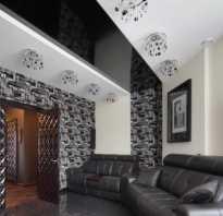 Черно-белый натяжной потолок в интерьере